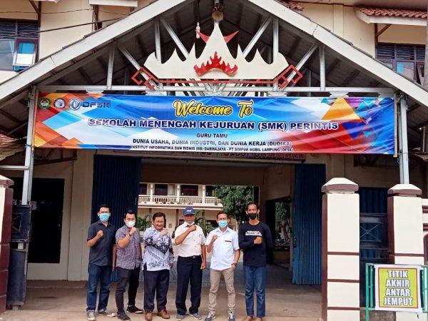 Program Guru tamu SMK Perintis Adiluhur  dengan  PT. Simpur Mobil Lampung (DFSK)
