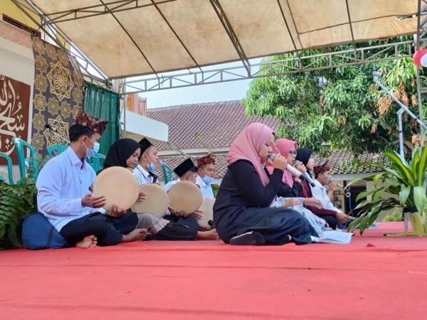 ROHANI ISLAM BABUL 'ILMI SMK PERINTIS ADILUHUR KECAMATAN JABUNG KABUPATEN LAMPUNG TIMUR